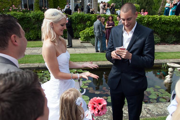 wedding-magician